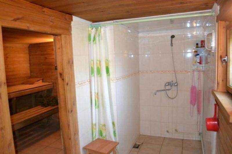Сделать душ на даче в доме